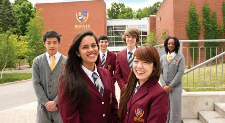 Học bổng trường Bronte College Canada