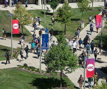 Học bổng cho kỳ nhập học cuối cùng năm 2018 của 15 Đại học TOP 200 tại Mỹ